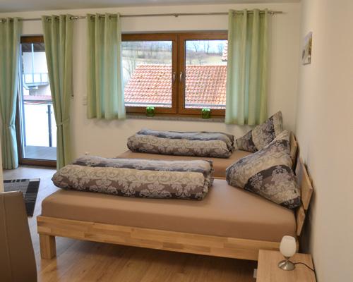 preise g stehaus scharl ferienwohnungen f r sie in 85447 fraunberg landkreis erding schnell. Black Bedroom Furniture Sets. Home Design Ideas